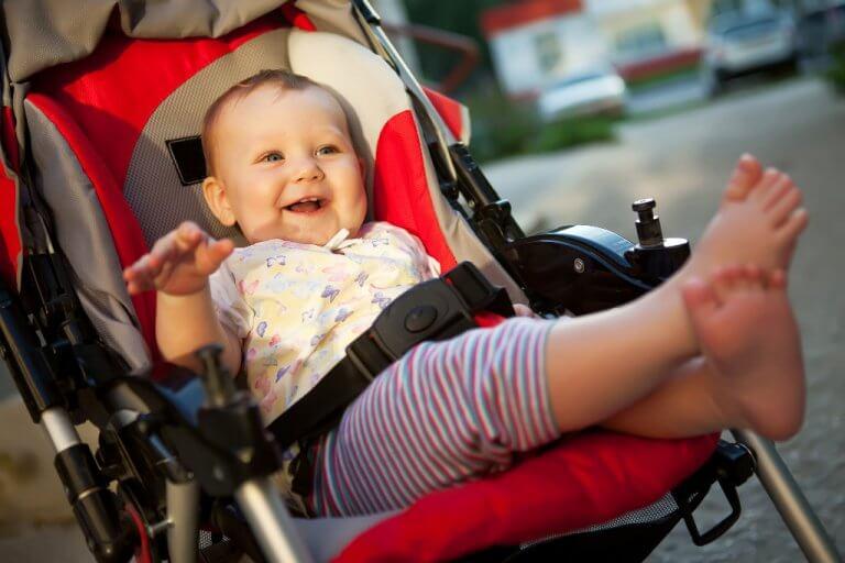 Как одевать весной ребенка в возрасте до 3 месяцев