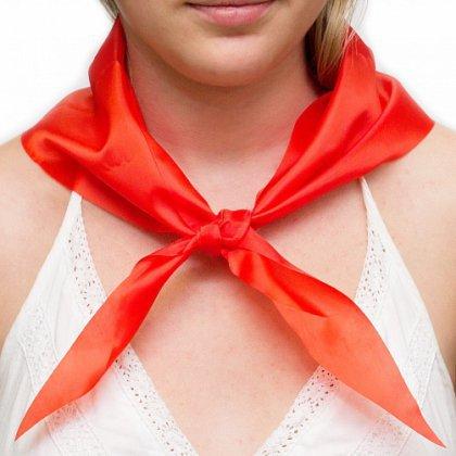 Как завязать пионерский галстук