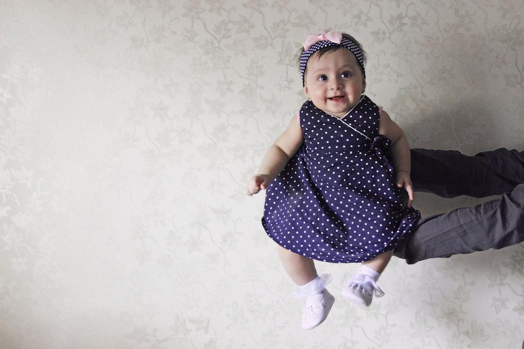 Как одевать ребенка дома и в гости