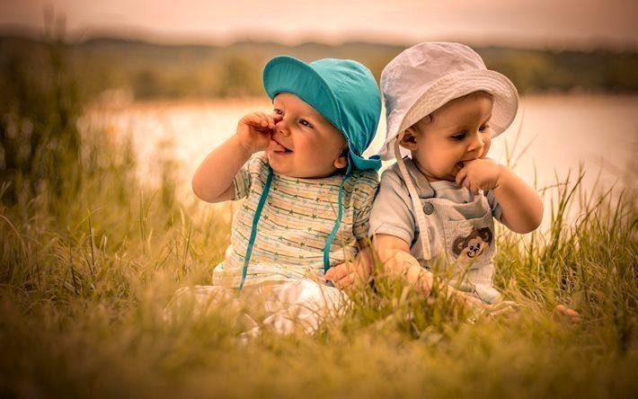 Как одевать ребенка летом