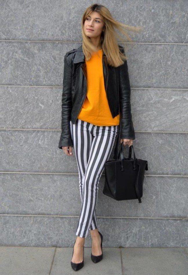 С чем носить женские брюки в узкую полоску
